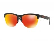 Sončna očala - Oakley OO9374 937404