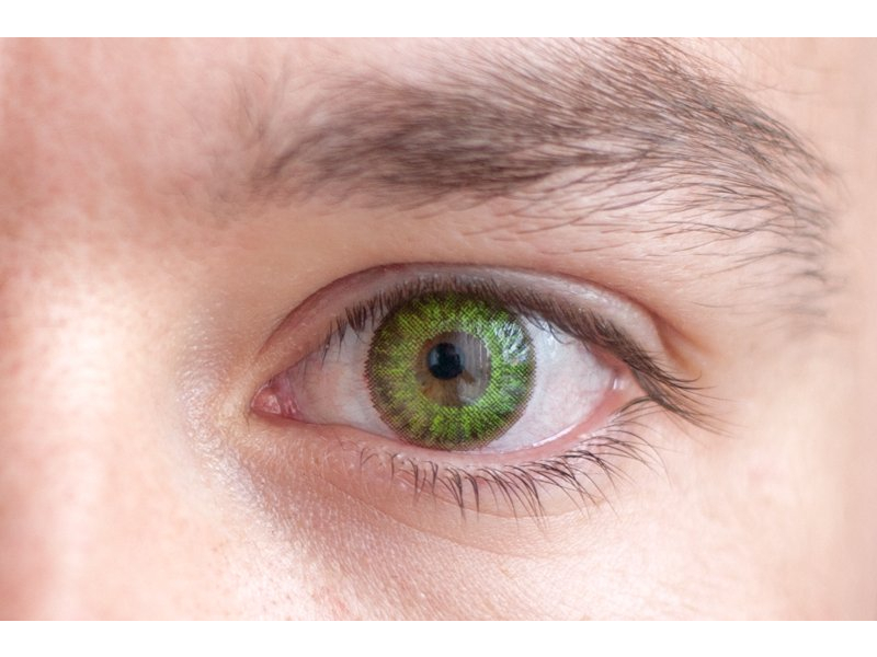 TopVue Daily Color - z dioptrijo (10 leč) - fresh green on brown eye